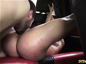 James Deen takes cougar Cherie Deville for a rail on his schlong in the car
