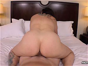 fat innate mammories cougar gets hardcore porking