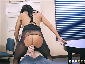 40-year-old assistant Simone Garza entices her youthful boss Danny D