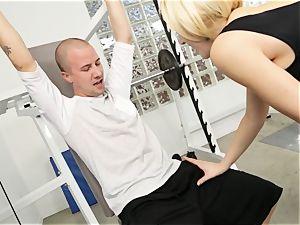 Kagney Linn Karter sexy gym smashing