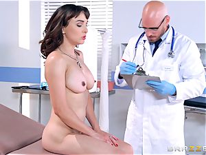 Cytherea is left splashing as she visits the doctor
