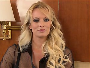 Stormy Daniels screwed by her accomplice