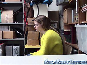 teenage shoplifter nailed