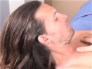 Alexis Capri slams a fellow meat pipe in her facehole and likes it