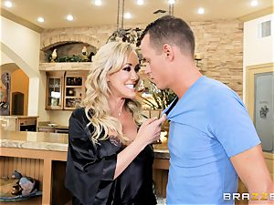 banging milf Brandi love sack deep