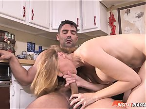 super-naughty Julia Ann inserted deep in her cootchie