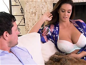 Alison Tyler tempts her pals orb enjoying man