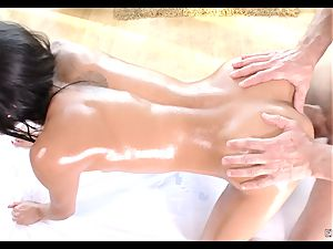 Chloe Amour oily massage and boinking