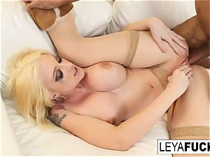 Leya feeds him her internal cumshot
