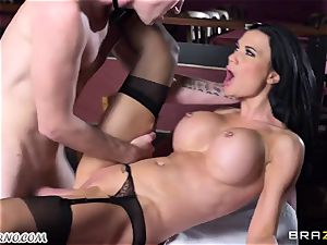 beautiful big-chested waitress Jasmine Jae gets her cock-squeezing fuckbox banged by Danny