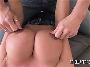 phat orb playtime with Ariella Ferrera and Deauxma