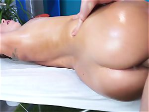nice Russian woman Ally on a fuck-a-thon massage session
