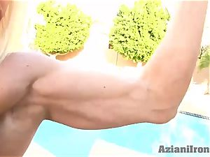 jaw-dropping bulky babe could kick your donk
