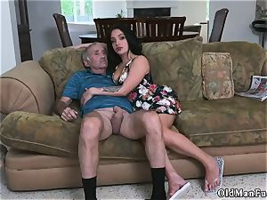 older stud screw nubile hd and boys pee on Frannkie s a quick learner!