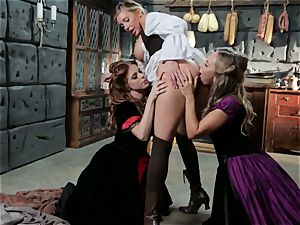 Samantha Saint Penny Pax Carter Cruise 3 way