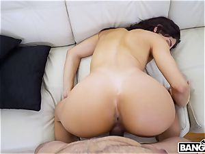 Teenie likes hardcore intercourse